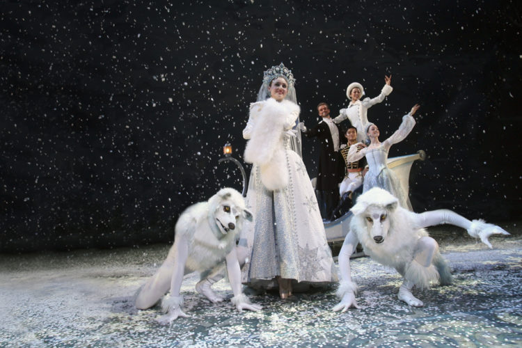 The Nutcracker by Alberta Ballet. Dancer: Alexandra Pera and Company. Photo: Paul McGrath
