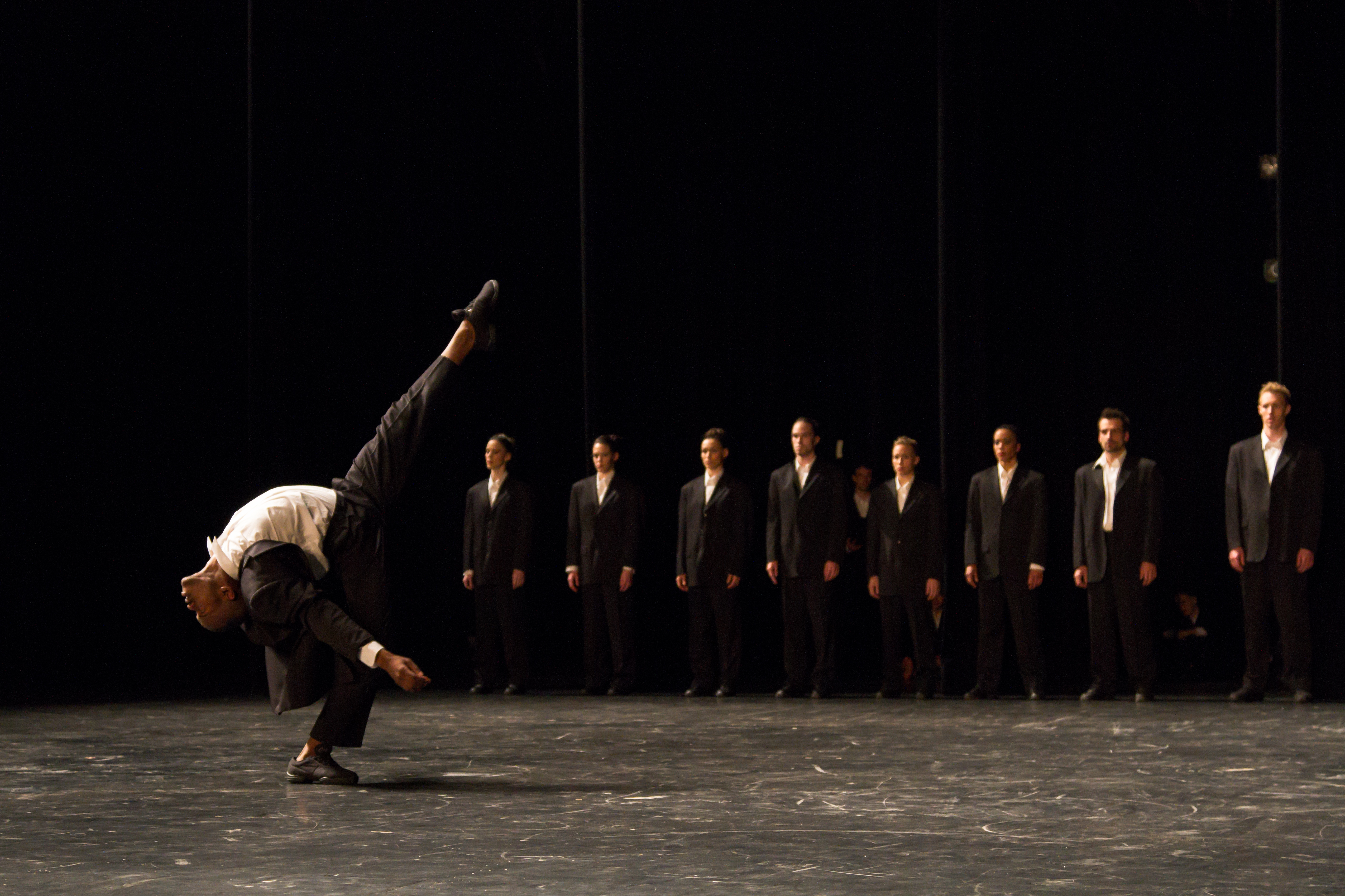 Minus One by Les Grands Ballets Canadiens de Montreal. Photo: John Hall
