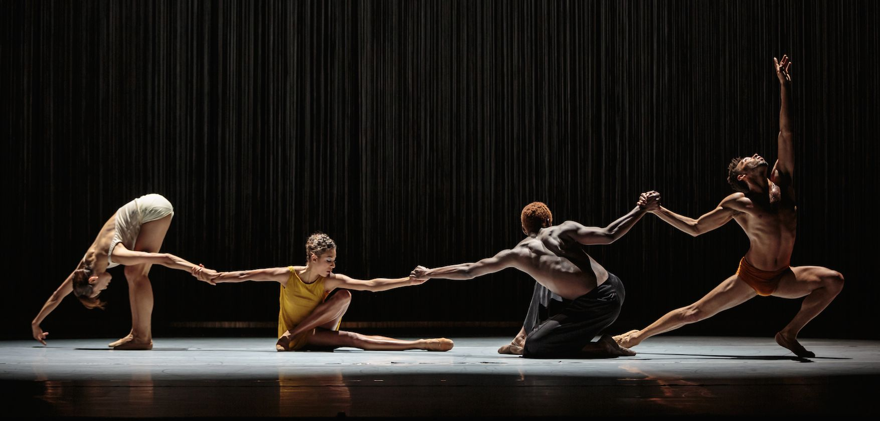 Sand by Alonzo King LINES Ballet. Photo: Chris Hardy