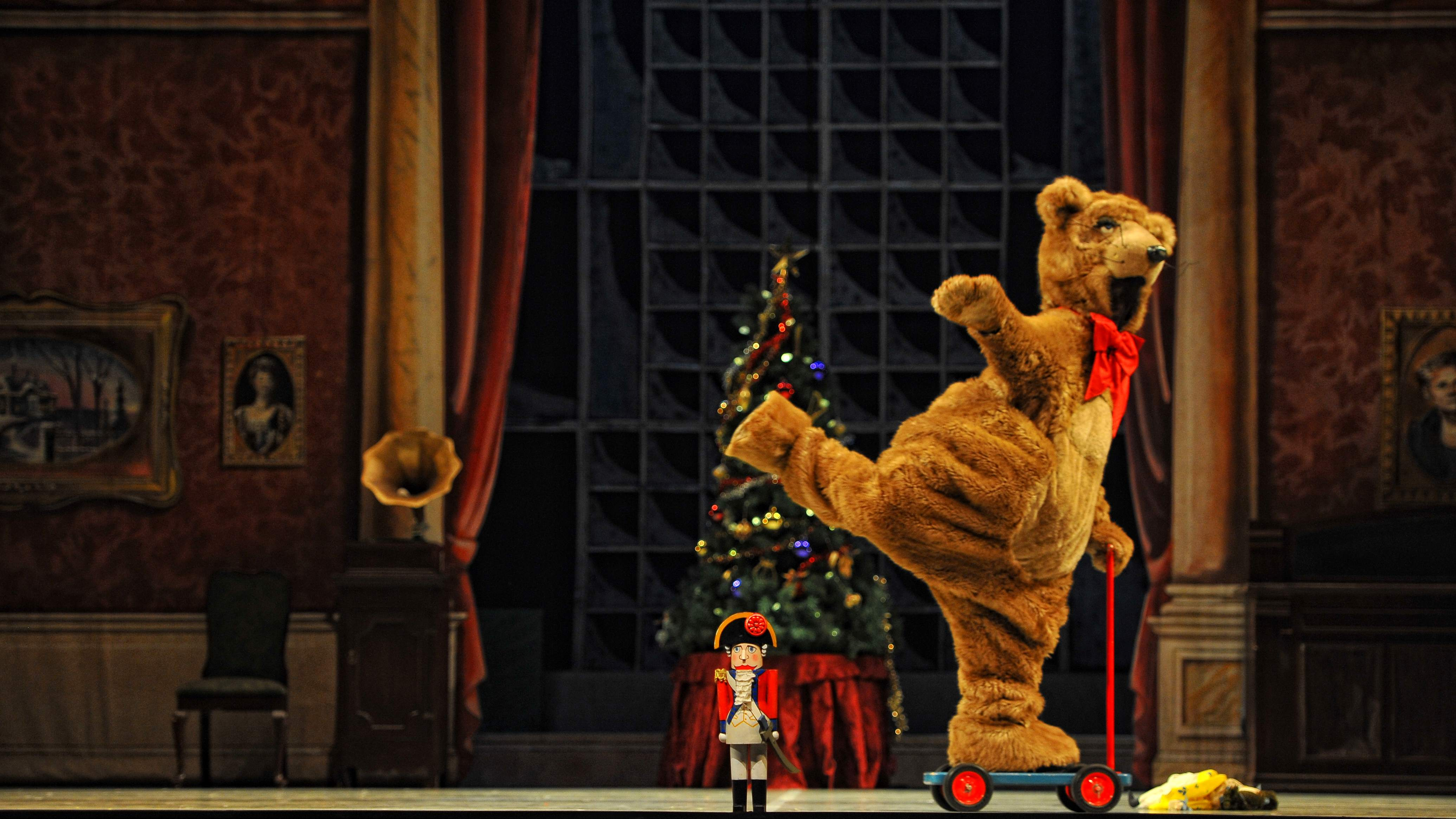 Nutcracker by Royal Winnipeg Ballet