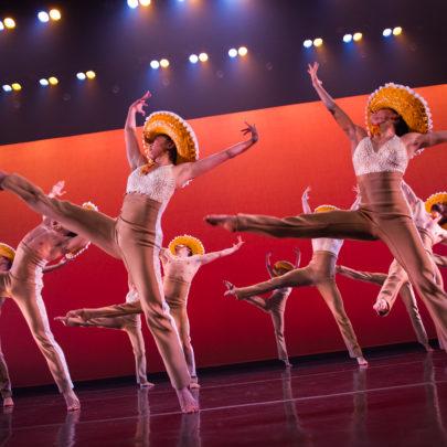 Con Brazos Abiertos by Ballet Hispánico. Photo: Paula Lobo