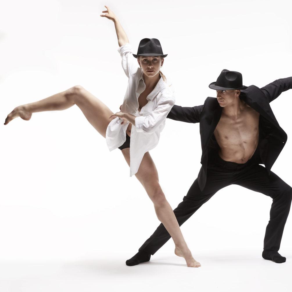 Dance Me by Les Ballets Jazz de Montréal (BJM). Photo: Thierry du Bois