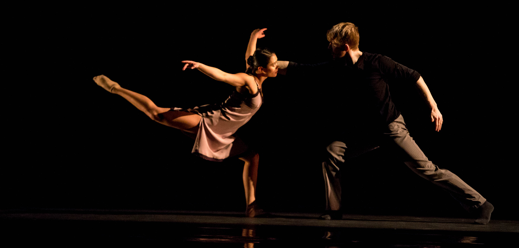Hubbard Street Dance Chicago dancers Alicia Delgadillo and Elliot Hammans in Lickety-Split. Photo by Cheryl Mann