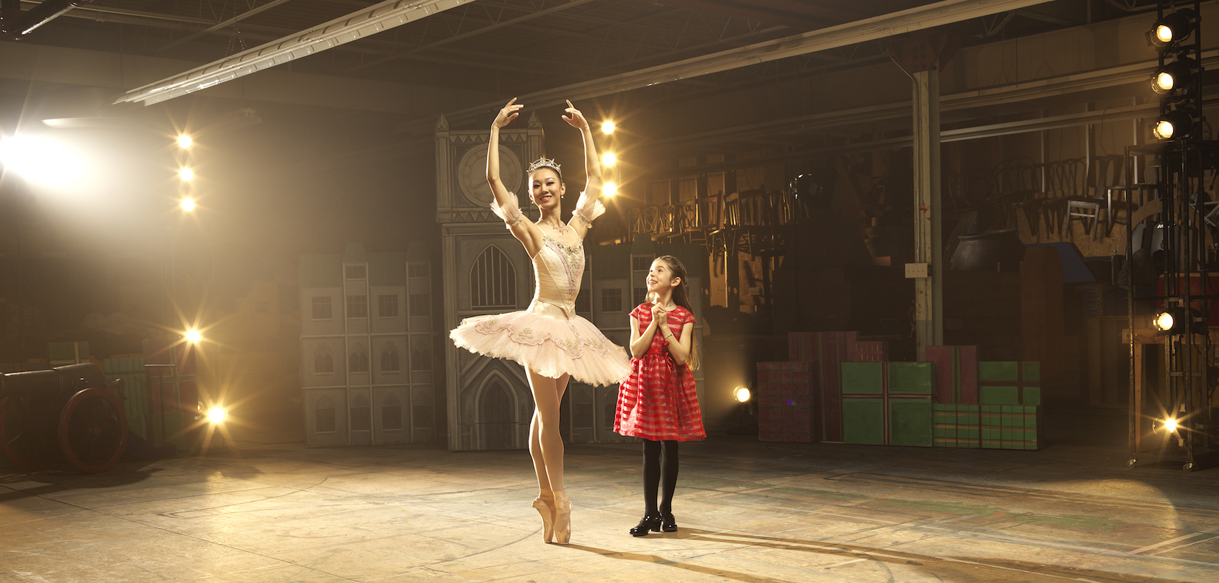 Nutcracker by Royal Winnipeg Ballet. Dancer Chenxin Liu with RWB School Student. Photo: David Cooper