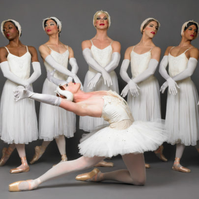 Les Ballets Trockadero de Monte Carlo in Swan Lake. Photo: Sascha Vaughan