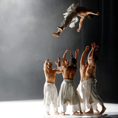 What the day owes to the night by Compagnie Hervé KOUBI. Photo: Nathalie Sternalski